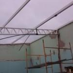 Vlak voor het leggen van de plafondplaten